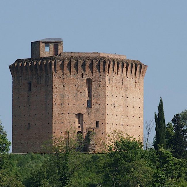Faenza and its hills